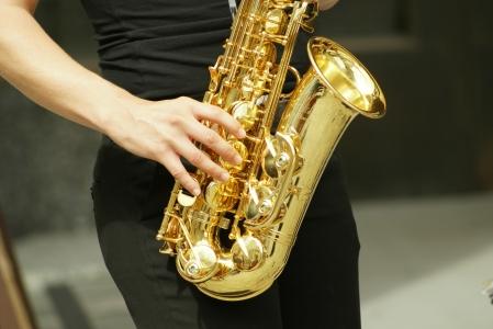 Mūzikas skolā iegādāti jauni pūšamie instrumenti